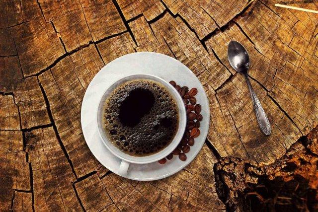 Ly cafe đắt tiền bật nhất thế giới