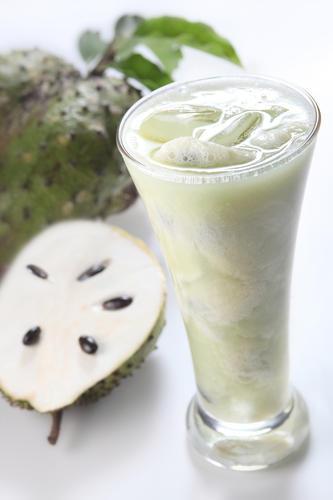 nước ép trái cây nguyên chất từ mãng cầu