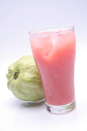 Nước ép trái cây nguyên chất từ ổi