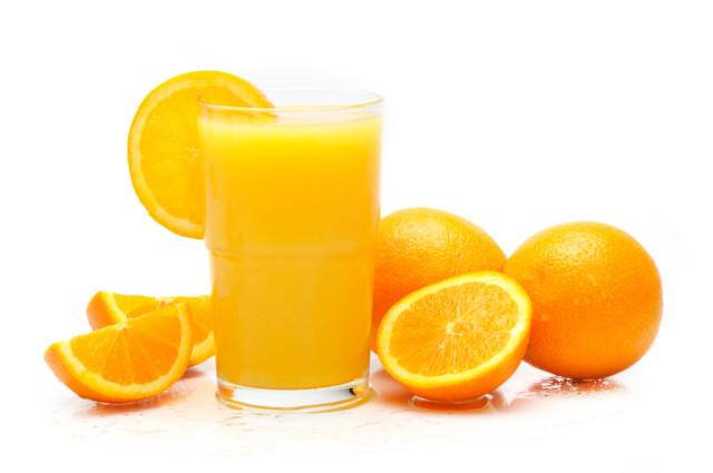 Nước ép trái cây nguyên chất từ cam