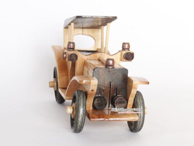 xe antique trang trí bằng gỗ 04